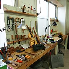 ヴァイオリン製作室